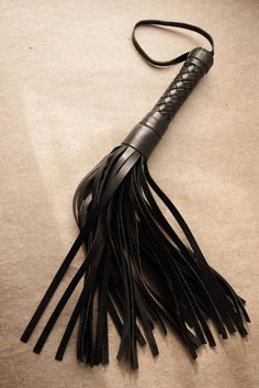 Heavy Woven Leather Flogger
