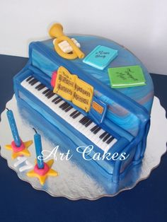 Piano Birthday Cake  By: ArtCakes2012      URL:  http://cakecentral.com/gallery/2299944/piano-birthday-cake  Uploaded On: Apr 01, 2012