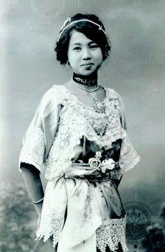 Hisociety Siamese Woman (King Rama VI  reign) ภาพนี้ถ่ายในตอนปลายรัชกาลที่ ๖