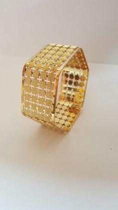 Jewelry Art, Gold Jewelry, Jewelery, Jewelry Design, Diamond Bangle, Diamond Rings, Diamond Jewelry, Personalized Jewelry, Handmade Jewelry