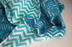 OMG! Aesthetic Nest: Sewing: Chevron Chenille Baby Blanket (Tutorial)