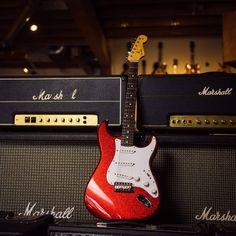 Fender Custom Shop '63 Stratocaster NOS Red Sparkle . . . . . #fendergtrjunkie #stratpride #sparkle #guitar #guitarist #music #musician…