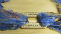 http://www.wood-of.com/it/ Fibbia in legno,con Argento e zirconi, per Foulards