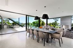 """""""Expressing Views"""" by Urbane Projects, Perth. Open plan entertainers home with contrasting, bold interior styling. Dream Home Design, House Design, Infinity Edge Pool, Luxurious Bedrooms, Open Plan, Perth, Decoration, Contemporary, Modern"""