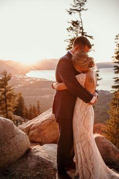 Wedding Picture Poses, Wedding Photography Poses, Wedding Poses, Wedding Photoshoot, Couple Photography, Wedding Pictures, Wedding Couples, Wedding Bride, Boho Wedding
