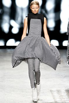 I love skirts that balloon out like this. Gareth Pugh SS 2012