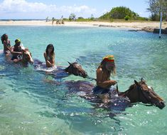 To do list: horseback riding in the ocean. Source: Braco Stables.