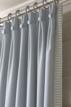 Home Curtains, Hanging Curtains, Curtains With Blinds, Wooden Window Blinds, Blinds For Windows, Interior Design Curtains, Interior Decorating, Lengthen Curtains, Wooden Curtain Rods