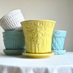 Vintage McCoy Pottery Flower Pot Yellow by BarkingSandsVintage