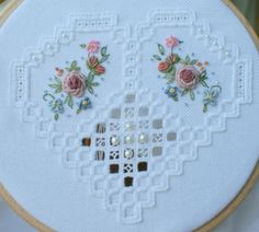 hardanger heart Hardanger Embroidery, Cross Stitch Embroidery, Hand Embroidery, Cross Stitch Patterns, Types Of Embroidery, Embroidery Patterns, Feather Stitch, Drawn Thread, Bargello
