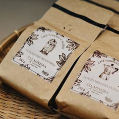 Hoje viemos apresentar uma grande novidade: agora você pode levar os sabores e os aromas do nosso café para a sua casa! A @isolecafes desenvolveu duas moagens específicas para as cafeteiras French Press e Moka Italiana para que você possa fazer em casa... Além do sabor incomparável, o café Ísole possui classificação de Specialty Coffee que garante o mais alto grau de qualidade dos cafés especiais! ☕️✨  #CiaMineiradeChocolates #Uberlândia