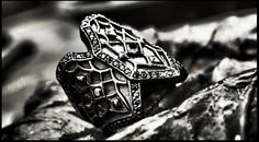 PAKIN:Dark Gothic Ring,925 Sterling Silver,Black Rhodium,Black Spinel. www.assemblage.me #pakin #pakinsince2012 #assemblage #silver #ring #dark #gothic #modern #antique #black #baroque #warrior #knight #men #lady #gay #model #accessories #fashion #metrosexual #bike #cross #motorcycle