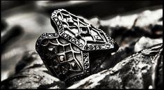 PAKIN:Dark Gothic Ring,925 Sterling Silver,Black Rhodium,Black Spinel. www.assemblage.me #pakin #pakinsince2012 #assemblage #silver #ring #dark #gothic #modern #antique #black #baroque #warrior #knight #men #lady #gay #model #accessories #fashion #metrosexual #bike #cross #motorcycle