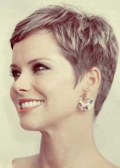 Very short pixie cuts 2017
