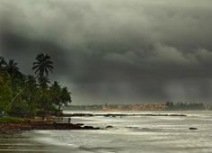 Southwest Monsoon in India 2015 update: Get the latest news and update on Monsoon in all the cities and states of India. Also, get the latest information on advance of Monsoon and performance of Monsoon rain in India. Monsoon Rain, States Of India, Indian Pictures, Beach Hotels, Travel Inspiration, Places To Visit, Seasons, Vacation, Landscape