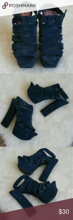 JESSICA SIMPSON HEELS Worn a couple of times in great condition. Has some scuffing bit not so noticeable. Where this with some flared jeans and band tee tucked in with a cute buckle. Super cute for a spring/summer look.  Heel height: 5 1/2 inches Jessica Simpson Shoes Heels