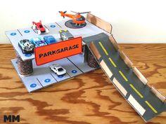 Parkgarage basteln, Pardeck basteln, Basteln mit Karton , cardboard crafts, parkhouse for playcars craft, Monstamoons, Bastelideen für Jungs