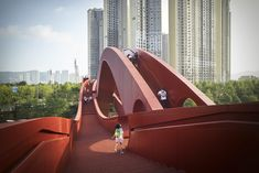 Gallery of 15 Eye-Popping Projects That Don't Apologize For Using Color: Photos of the Week - 15