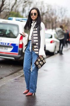 Street style from Paris fashion week autumn/winterStreet Style, Fashion Inspiration and models off duty to inspire you what to wear. Fashion Blogger
