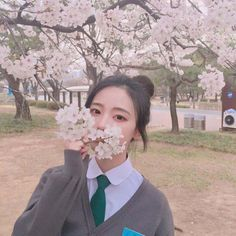 korean, ulzzang, and girl image Asian Cute, Cute Korean Girl, Cute Asian Girls, Ulzzang Korean Girl, Ulzzang Couple, Girl Korea, Korean People, Uzzlang Girl, Kawaii Girl