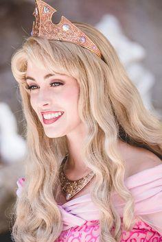Aurora cosplay Navy Nay Disney Princess Cosplay, Disney Cosplay, Disney Aesthetic, Princess Aesthetic, Disney Face Characters, Disney Movies, Disney Princess Aurora, Princess Bubblegum, Disney World Pictures
