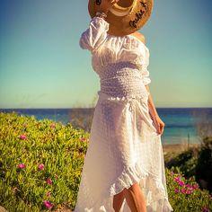 Julie et les tropéziennes, les robes de Saint Tropez Made in France Made In France, South Of France, Saint Tropez, Julie, Lace Skirt, Chic, Skirts, Fashion, Gowns