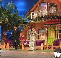 Queen of Grace! Aishwarya Rai Bachchan greets everyone with Adab on The Kapil Sharma Show | PINKVILLA