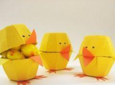 Uovo di Pasqua pulcini cartone