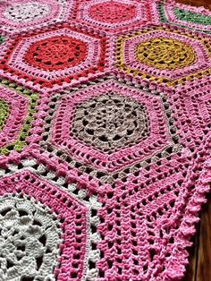 Free Crochet Pattern: Carefree Blanket - cypress|textiles