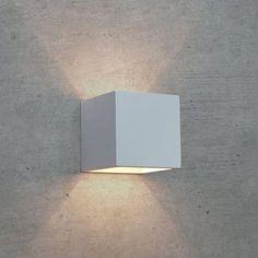 APPLIQUE IN GESSO LAMPADA A PARETE MODERNO ATTACCO G9 CUBO UP DOWN WALL LIGHT - FUTUR PRINT - APPLIQUE - ILLUMINAZIONE LED - Negozio Online - Futur Print snc luceled.com Light Art, Lamp Light, Up Down Wall Light, Wall Design, House Design, Wood Sculpture, Metal Sculptures, Abstract Sculpture, Bronze Sculpture