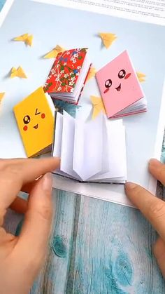 Easy Flower Drawings, Easy Drawings For Kids, Drawing For Kids, Diy Crafts For Gifts, Diy Crafts Videos, Paper Crafts Origami, Diy Paper, Easy Origami, Christmas Drawings For Kids