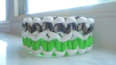 Check out this item in my Etsy shop https://www.etsy.com/listing/236623382/homemade-double-cobra-weave-550-paracord