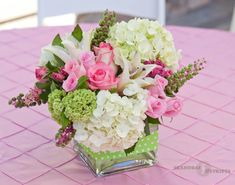 Seahorse & Stripes-pink and green flower arrangementsThe post Seahorse & Stripes-pink and green flower arrangements appeared first on Dekoration. Deco Floral, Arte Floral, Floral Design, Short Wedding Centerpieces, Floral Centerpieces, Square Vase Centerpieces, Tall Centerpiece, Centrepieces, Centerpiece Ideas
