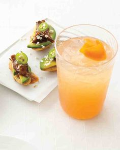 Braised Short-Rib Toasts and Grapefruit Gimlet