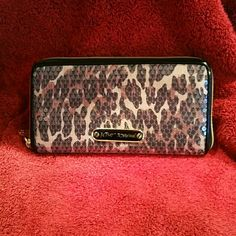 Betsey Johnson wallet 20% BUNDLE DISCOUNT SALE  BETSEY JOHNSON Cheetah pattern covered with sequins and never used. Betsey Johnson Bags Wallets