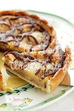 Tarte chocolat poire, la recette facile et rapide. Pear chocolate tart, the easy and fast recipe. Quick Recipes, Quick Easy Meals, Sweet Recipes, Brownie Recipes, Dessert Recipes, Food And Drink, Snacks, Breakfast, Foodies