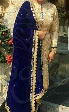 Neck Designs For Suits, Dress Neck Designs, Kurti Neck Designs, Kurti Designs Party Wear, Velvet Dress Designs, Punjabi Suits Designer Boutique, Indian Designer Suits, Boutique Suits, Punjabi Salwar Suits