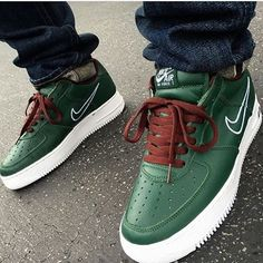 These Nike AF-1's are the HongKongs from @sk8thegr8 For all air force 1's @airforce1daily & #airforce1daily