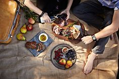 picnic, young couple, outside, lifestyle photography, food photographer, meat, cheese, fruit, los angeles, crystal cartier