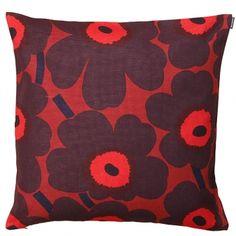 Marimekko's Pieni Unikko cushion cover, 50 x 50 cm, red-plum