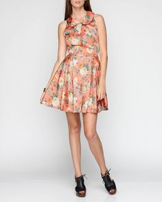 Vintage floral prints are SO in for Spring right now...