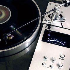 Vintage Pioneer Turntable - the arm is stunning!!! #sound #stereo #FM #hdtracks #playback #speakers #streaming #interior #instamood #instagood #inspiration #interiordesign #design #jazz #pioneer #bookshelf #comfy #modern #music #audio #vintage #industrialdesign #classic #records #headphones #vinyl #hifi #receiver #turntable