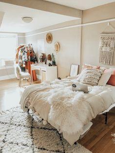 Dream Rooms, Dream Bedroom, Home Bedroom, Bedroom Decor, Deco Pastel, Cute
