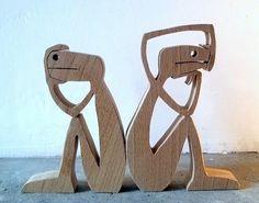 hauteur 12cm largeur 17cm épaisseur 17mm bois utilisé : hêtre (ou ne pas) j'ai dessiné, j'ai coupé,j'ai poncé pis je suis allé me coucher. ils peuvent se mettre dos à - 18050166