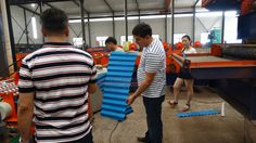 The customers inspect and test the #metal #roofing #sheet #roll #forming #machine. The products of the metal roofing sheet roll forming machine is roofing sheet panel. It is the oldest and most commonly used roofing profiles because of elegant appearance, and short building period. They are used as the roof of villas, luxury houses, theatres, exhibition centers, etc.