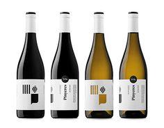 "查看此 @Behance 项目:""Pinyeres wines""https://www.behance.net/gallery/27512017/Pinyeres-wines"