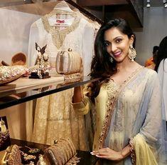 Beautiful Gorgeous, Looking Gorgeous, Kiara Advani, Pastel Yellow, Bollywood Stars, Bollywood Actress, Lehenga, Her Hair, Favorite Color