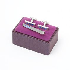 Shop our fashionable men's accessories with a unique collection of Contemporary Gift Box Sets. Perfect for yourself or a gift. Cufflink Set, Hermes Birkin, Mens Fashion, Tie, Contemporary, Crystals, Ministry, Sapphire, Gifts