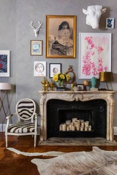Ralph Lauren Paint River Rock specialty finish in Dry Bed transforms a great room with depth and texture, while highlighting an art collection