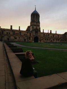 Living at Christ Church College, Oxford University College Aesthetic, Travel Aesthetic, Study In London, University Life, London University, Oxford England, London England, Dream School, Living In Europe